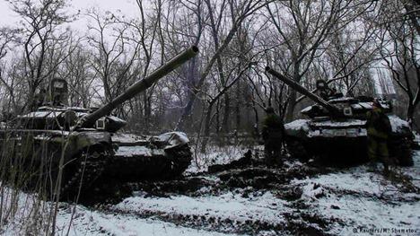 Штаб АТО Россия продолжает переправлять в Украину тяжелую боевую технику