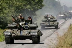 Большая часть танков покинула передовую в Луганской области