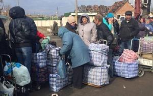 Ткачук: В Станице Луганской открыт первый пешеходный пропуск