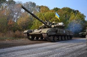 Сегодня силы АТО отвели от линии разграничения около 60 танков