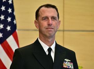 Глава ВМС США призвал изменить доктрину на более жесткую из-за РФ