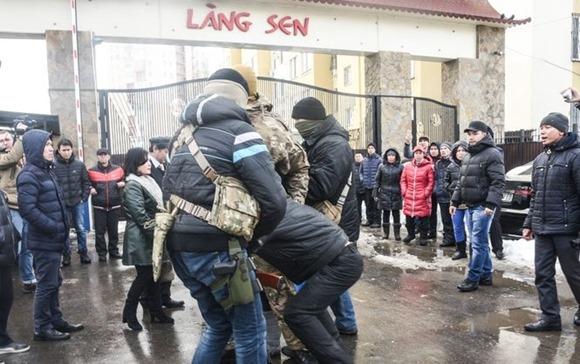 В Одессе произошли столкновения между вьетнамцами и бойцами Альфы