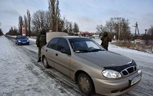 В Мариуполе таксисту угрожали ножом и требовали отвезти в оккупированную Горловку