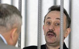 «Судья-колядник» Зварыч вышел на свободу благодаря «закону Савченко»