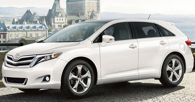 Toyota venza 2017 года белого цвета